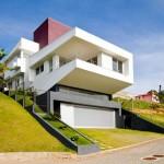 Brazil House by Westphal & Kosciuk Architects