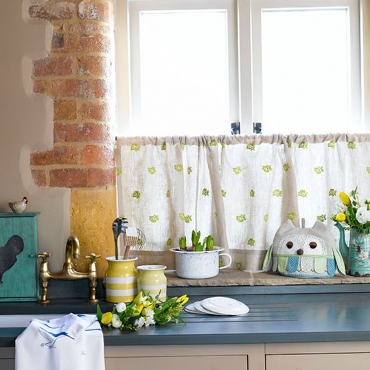 Kitchen Window Furnishings Ideas: Summer Decorating Ideas For Country Kitchens
