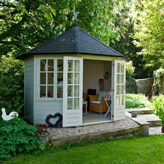 Summerhouse style garden ideas ideas for home garden for Garden designs with summer house