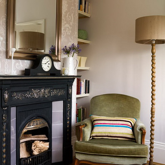 Traditional living room ideas ideas for home garden for Traditional armchairs for living room