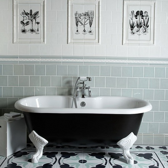 Bathroom tiles decorating ideas ideas for home garden Classic bathroom tile ideas