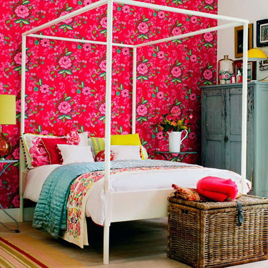 Hotel style bedrooms ideas ideas for home garden bedroom for Bedroom wallpaper designs india