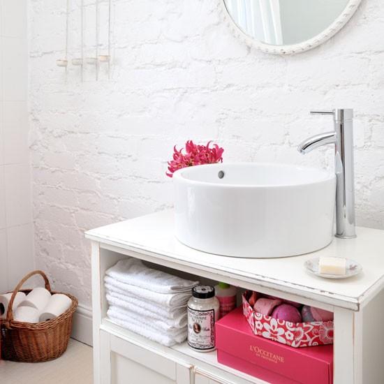 1-bathroom-decorating-10-cozy-updates