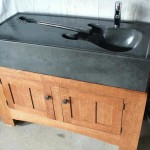 Musical Influences In Your Kitchen: The Guitar Sink