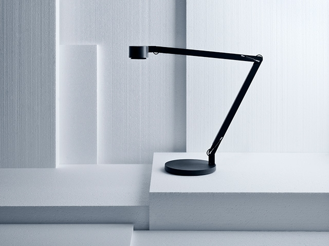 1-table-lamp-dirk-winkel