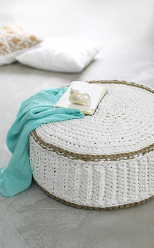 1-knitted-ottoman
