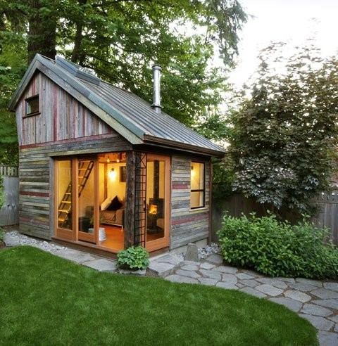 A small house in the garden ideas for home garden House backyard landscape