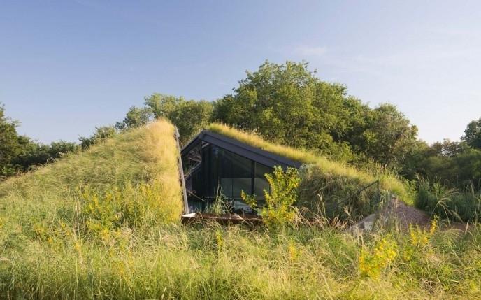 1-house-land