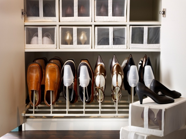 1-Keeping-shoes-in-the-interior