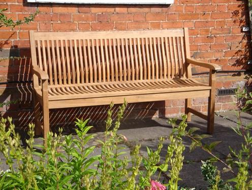 1-bench-garden