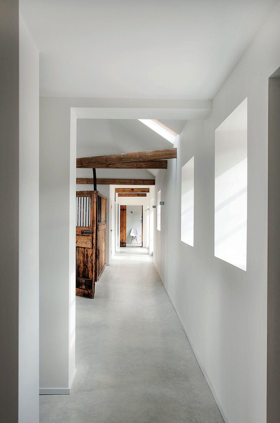 Purpose and Beauty of a corridor: How to make your ... |House Corridors
