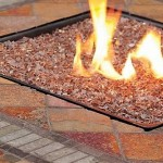 The idea to create a cozy gas fireplace in your garden