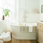 The ideas and design the beautiful windows in the bathroom