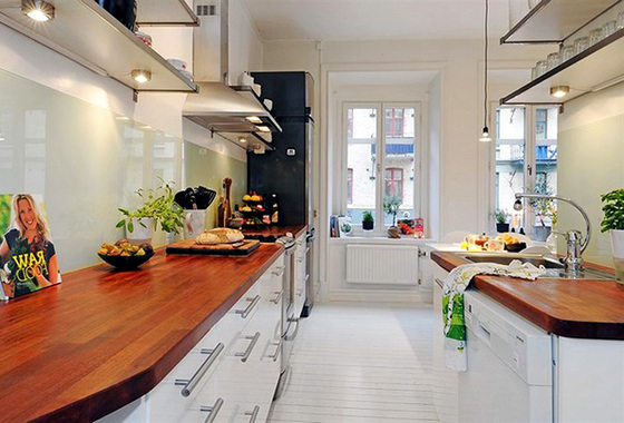1-white-kitchen-dont-afraid-color