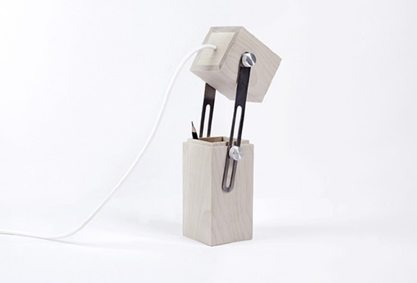 1-funny-lamp-​​of-wood