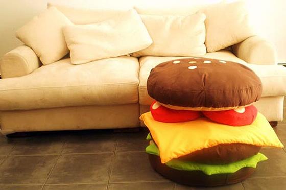 1-funny-pillow-burger