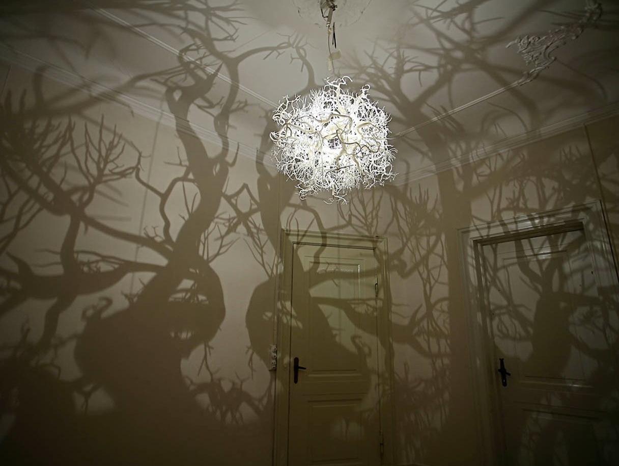 1-gorgeous-lamp-hilden-diaz