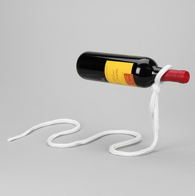 1-magic-lasso-rope-wine-bottle-stand
