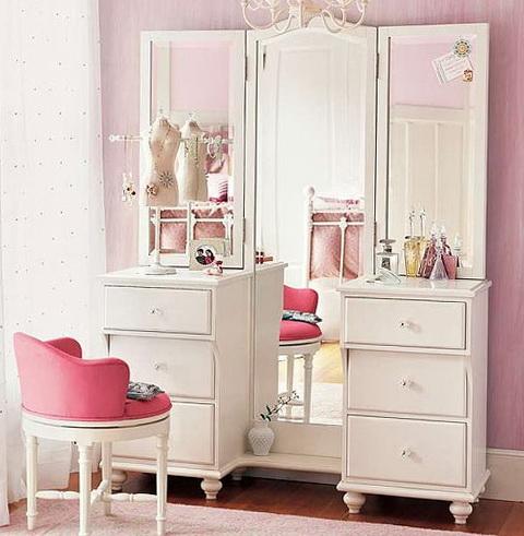 1-womens-corner-bedroom