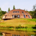"Rotating Eco house ""Domespace"""