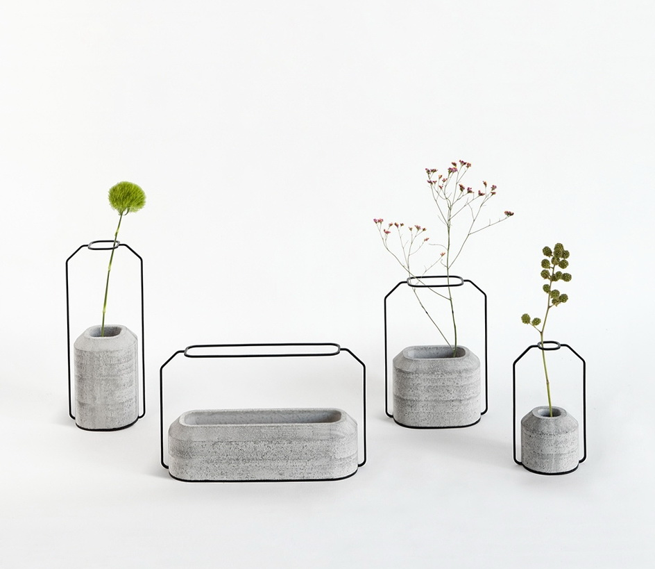 1-beautiful-vases-​​of-concrete