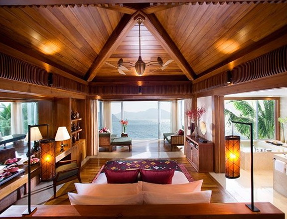 1-master-bedroom-stunning-views-beautiful-nature