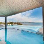 Sea-front villa with magnificent views