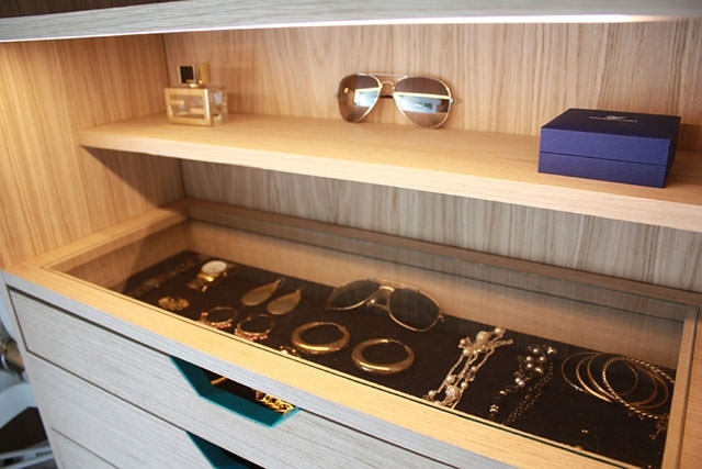 5-wardrobe-hosun-ching
