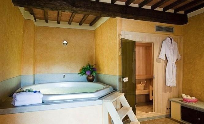 1-bathrooms-wood