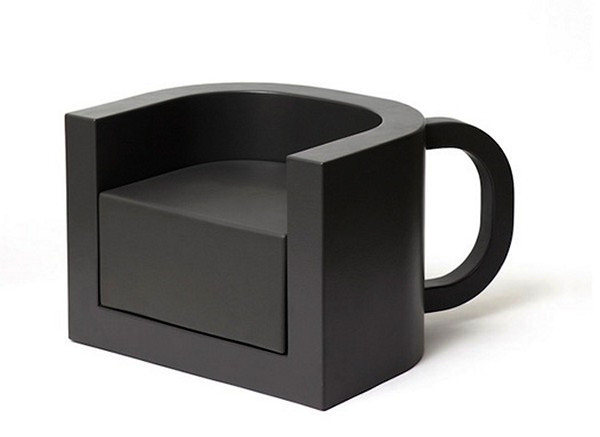1-coffee-chair-table-changeling