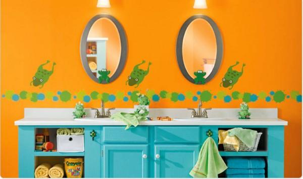 1-childrens-bathroom