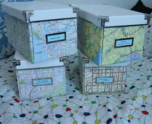 1-original-boxes-hands