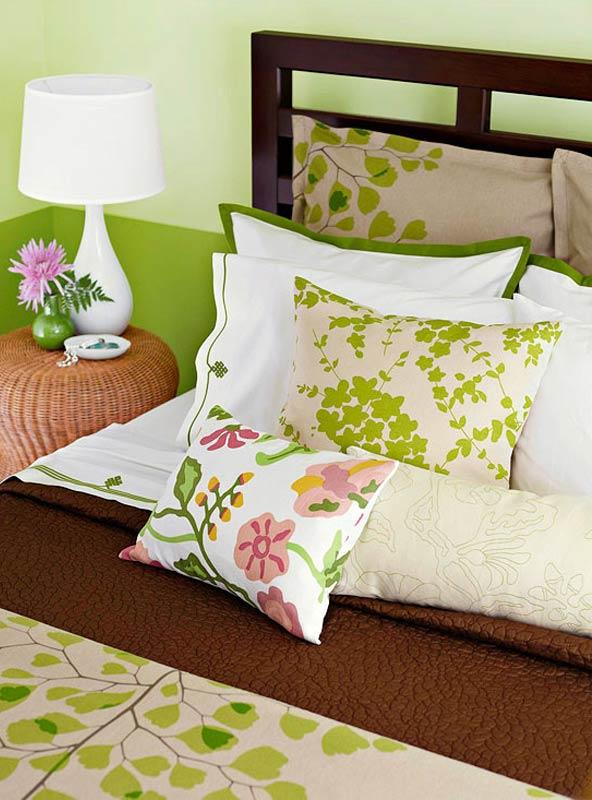 1-bedroom-spring-colors