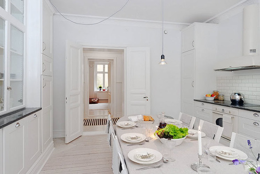 1-white-walls