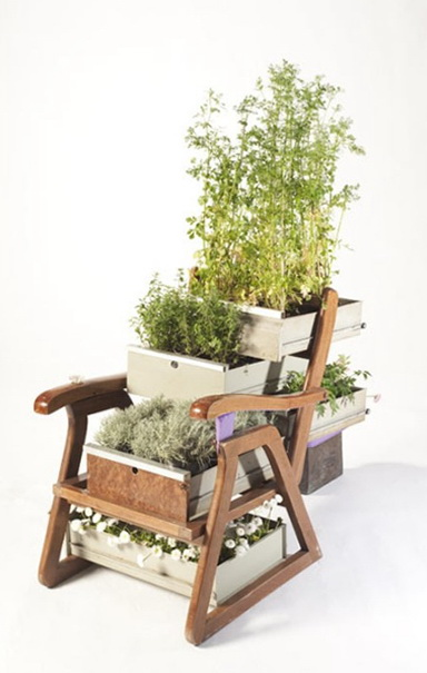 1-chair of flowers