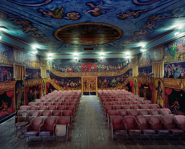 1-remarkable-interiors-opera-houses