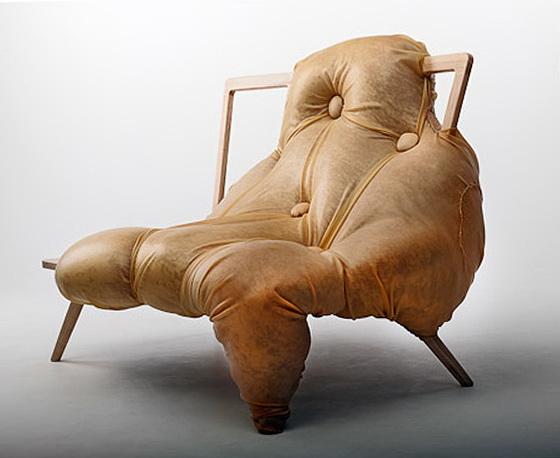1-scary-bold-sofa