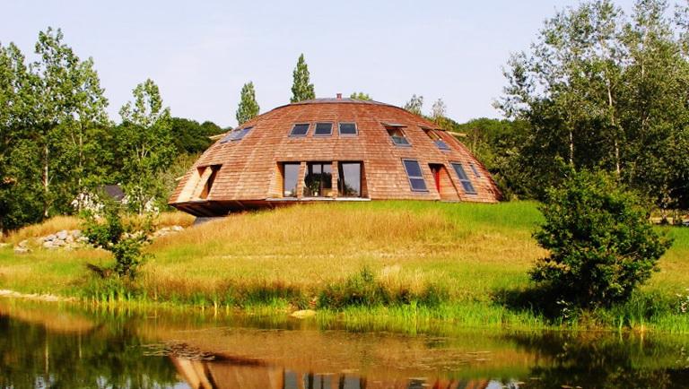 1-rotating-eco-house-domespace