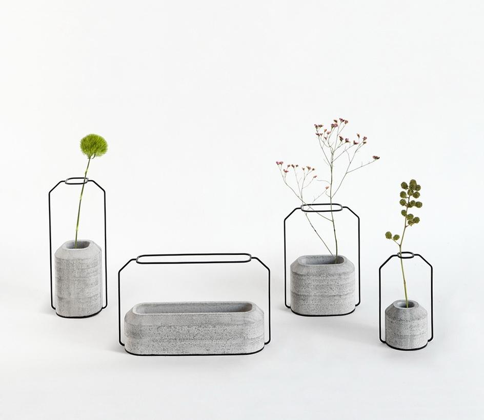 1-beautiful-vases-of-concrete