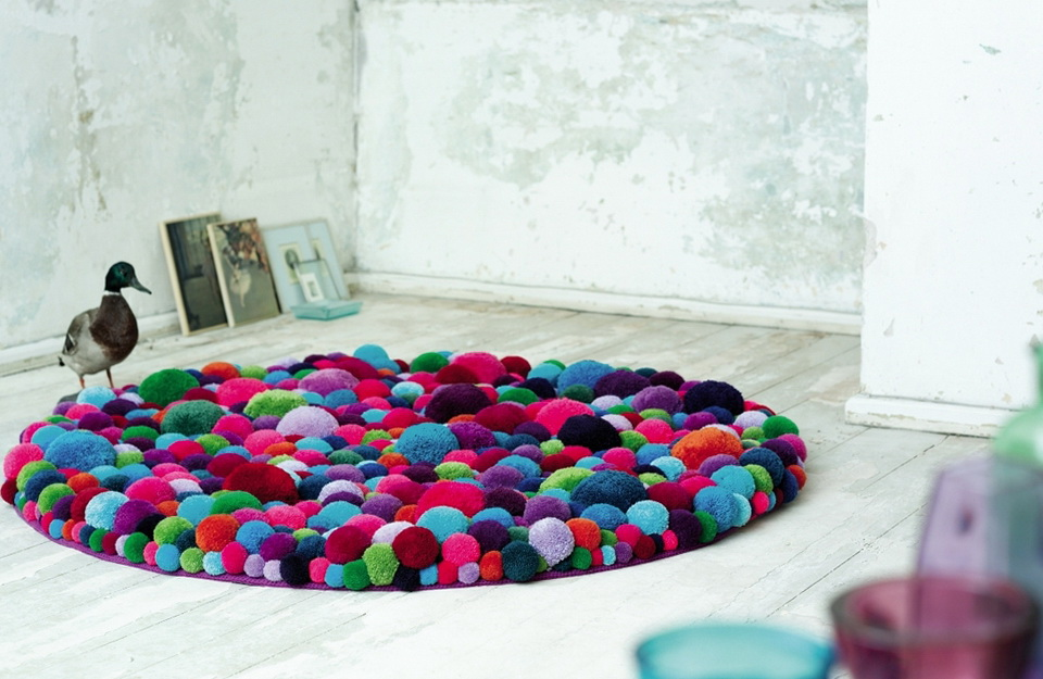 1-bright-magic-carpets-pompons
